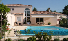 Location villa italie avec piscine bord de mer